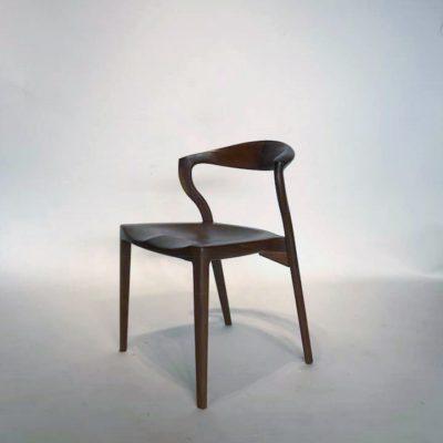 椅子 カムイ