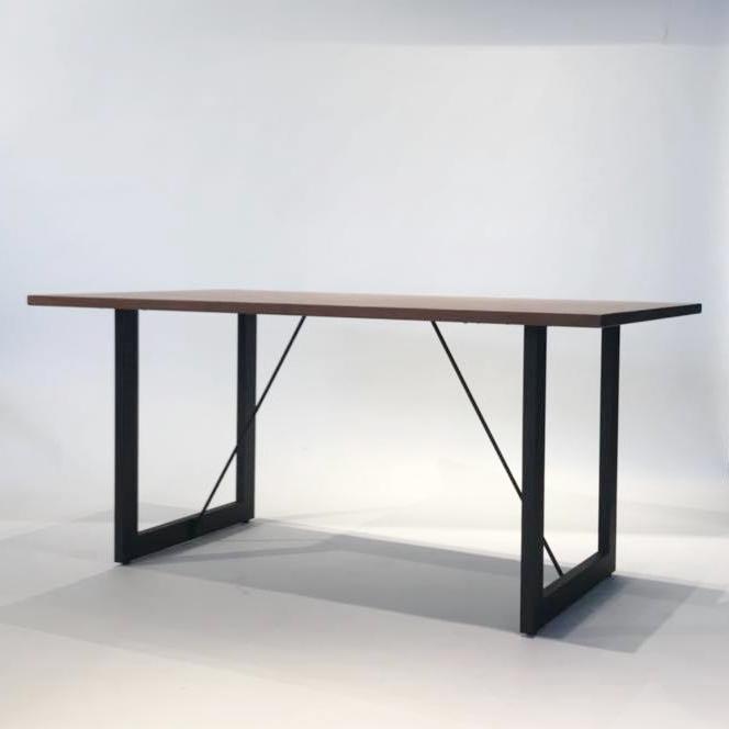 ダイニングテーブル SOLID