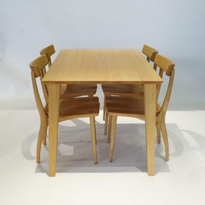 ダイニングテーブル フィル3