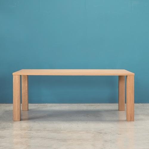 侭 オーダーダイニングテーブル